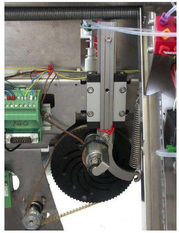 Kurbeltrieb Übertragung der Bewegung durch drylin T Profilschienenführung
