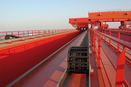 Energieführungsysteme für Shipyard-Krane seit 2001 erfolgreich im Einsatz