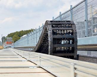 Energiekette langer Verfahrweg