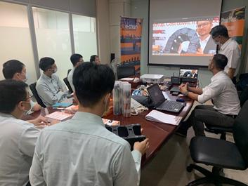 Besuch der virtuellen Messe bei igus live aus Taiwan